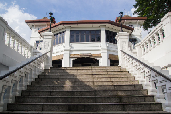 Mansion with Grand Staircase