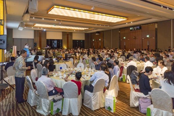 싱가포르 한국상공회의소 제10회 2017 특별 자선행사 대 성황리 개최(행사 사진 다운로드)